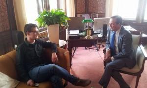 Toon Roumen en Alexander Pechtold in gesprek