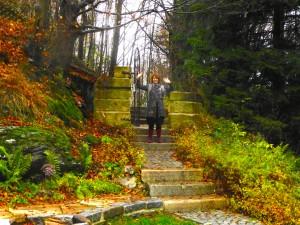 de trap van oude kerktreden