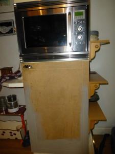 MDF koelkastdeur krijgt kleur