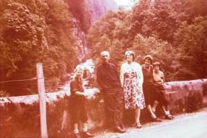 opa en oma Vellinga met ons op vakantie 'langgeleden' - zou in Zwitserland kunnen zijn